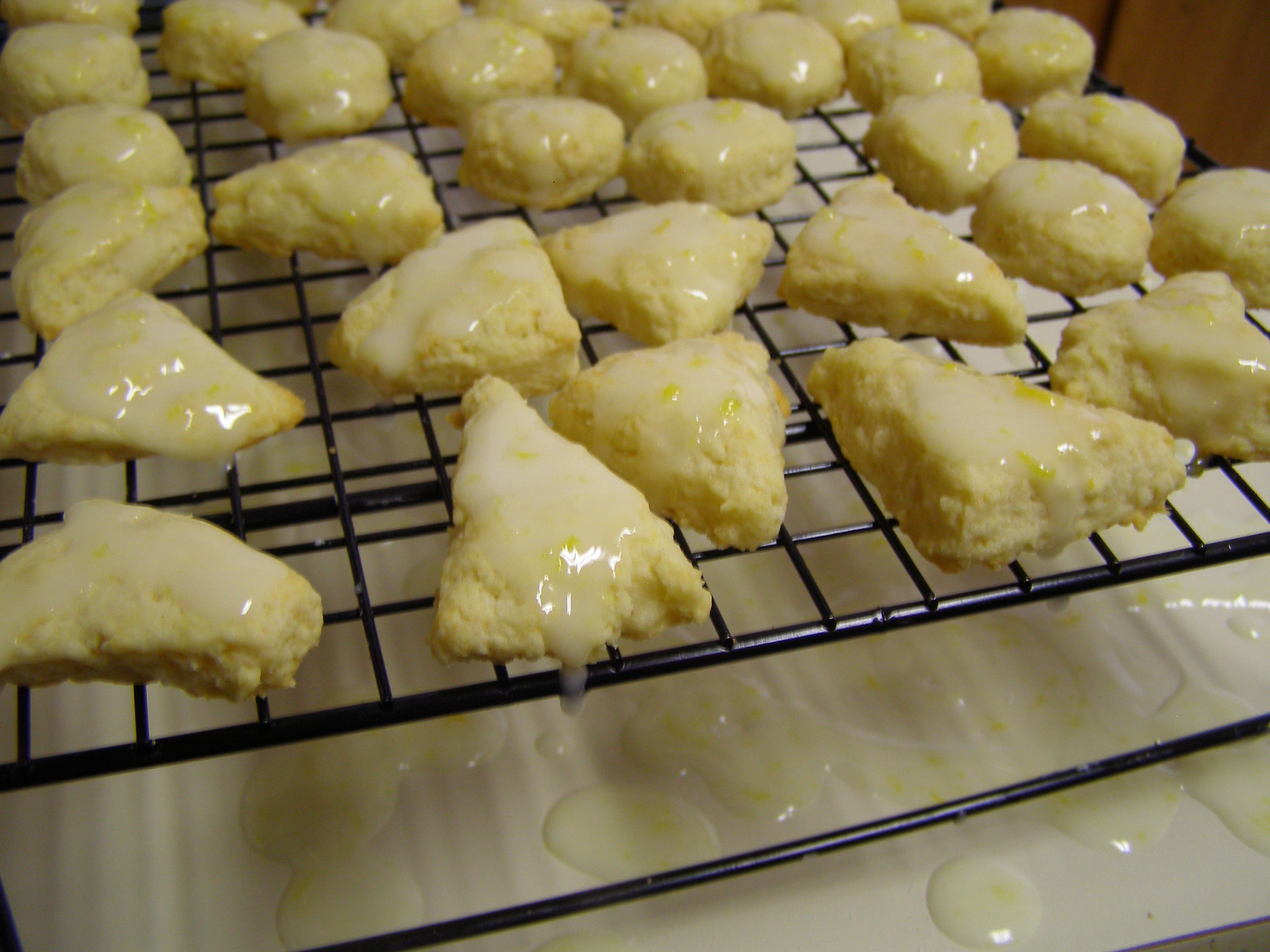 Mini Lemon Scone Bites with Lemon Glaze — Cooking During Stolen ...